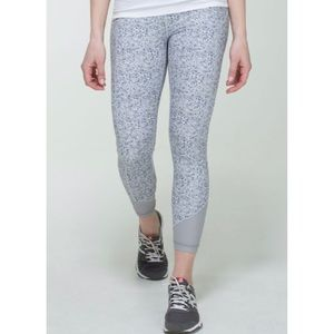 Lululemon pace queen not so petit fleur run crops